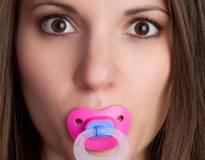 mom-with-pacifier